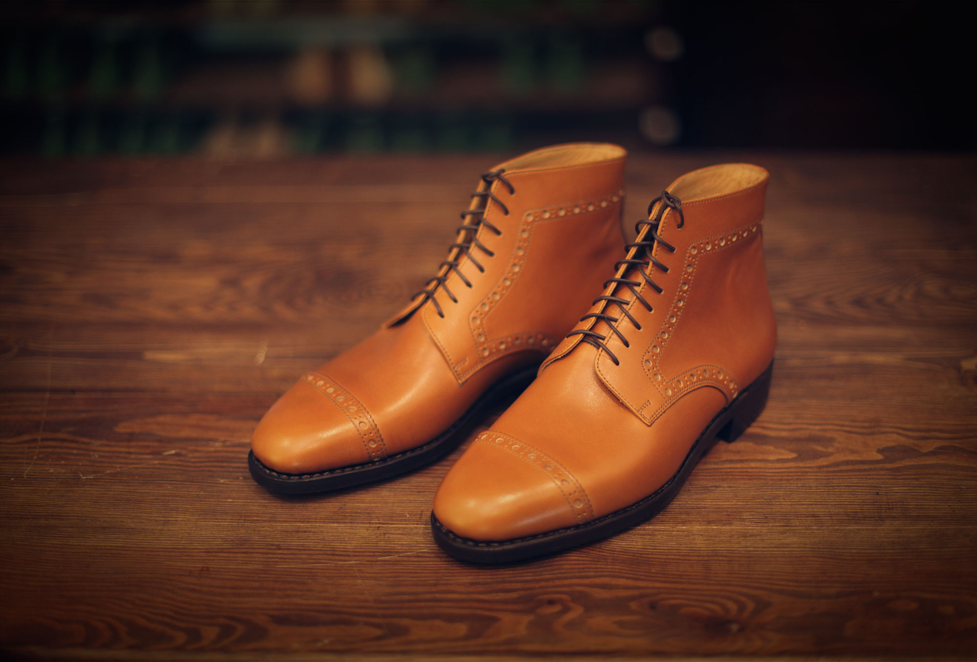 boots derby yellow