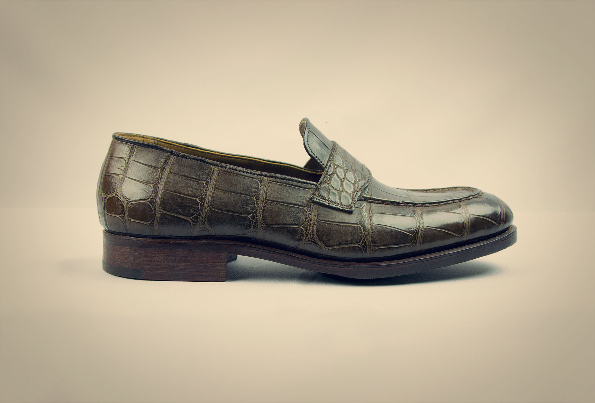 loafer croco brown